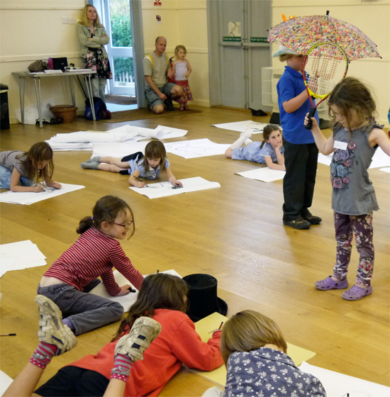 A playful and active session suitable for all ages.  Children select their own props and take it in turns to model and draw.  In a warm-up exercise, they explore what it feels like to be in their own body and then, using a selection of media, they enjoy trying to capture the spirit of the different poses of their classmates.