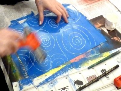 A workshop that explores how monoprinting can be used to free up the drawing process.