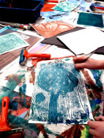 Using Mono Printing to Free Up the Drawing Process