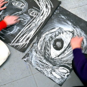 This project is designed to engage teenagers in the process of drawing and to give them tools and confidence to work quickly, experimentally and purposefully.  Students can enjoy creating portrait studies of each other in pastels, chalk and compressed charcoal, choosing to draw the whole face or concentrating on their partner's features.