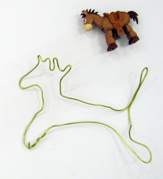 Drawing with Wire like Calder: Wire Horse