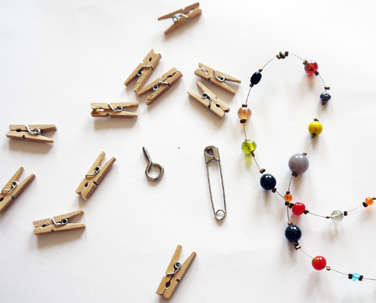 Small items: mini pegs, safety pins, beads