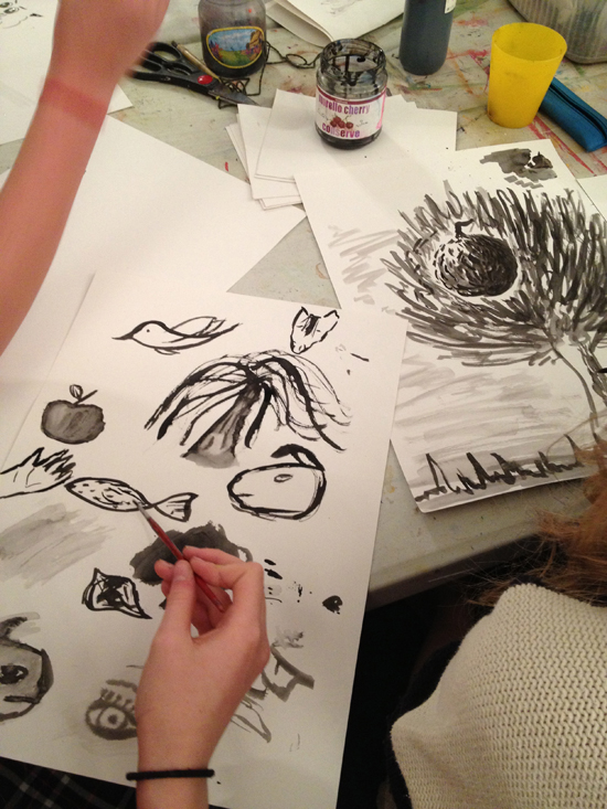 Illustrator Aurora Cacciapuoti shows her work to teenagers from AccessArt's Experimental Drawing Class and showed them how to use ink and nib.