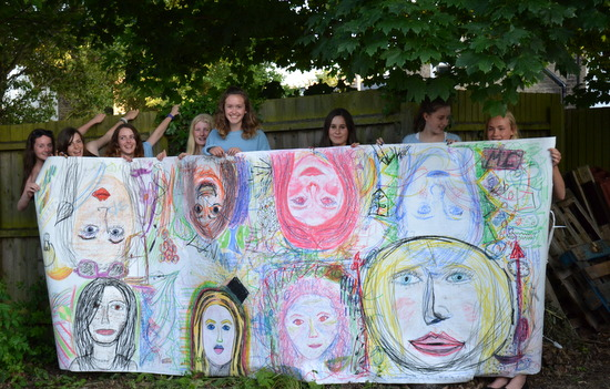 A great project to encourage collaborative working by creating a celebratory group portrait.  Teenagers explore drawing portraits of each other in pastel, on a large scale and include marks instead text around the images to describe their classmates.