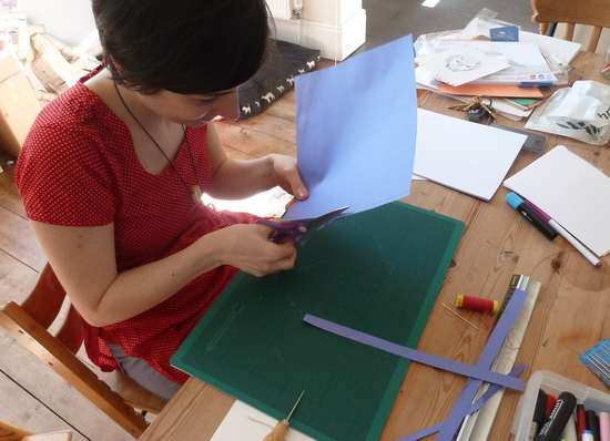 Aurora Cacciapuoti introduces Japanese Bookbinding.