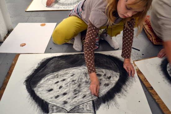 Drawing shells on a large scale was the theme of a workshop for teenagers that introduced basic steps to creating form and tonal shading in drawings. Inspired by See Three Shapes by Paula Briggs. Session led by Sheila Ceccarelli.