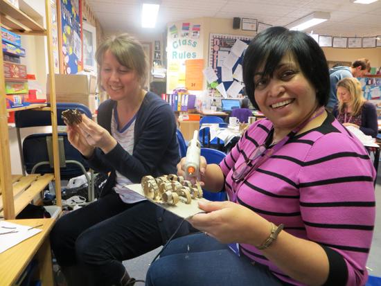 Making Cardboard Sculpture Ridgefield Primary School