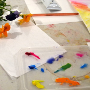 A colour mixing project inspired by the paintings of Winnifred Nicholson.  Teenagers are encouraged to experiment and respond intuitively to the challenge of mixing colours, to create paintings in gouache of fresh spring flowers.