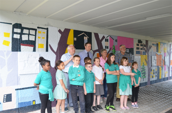 Louise Shenstone and primary school children
