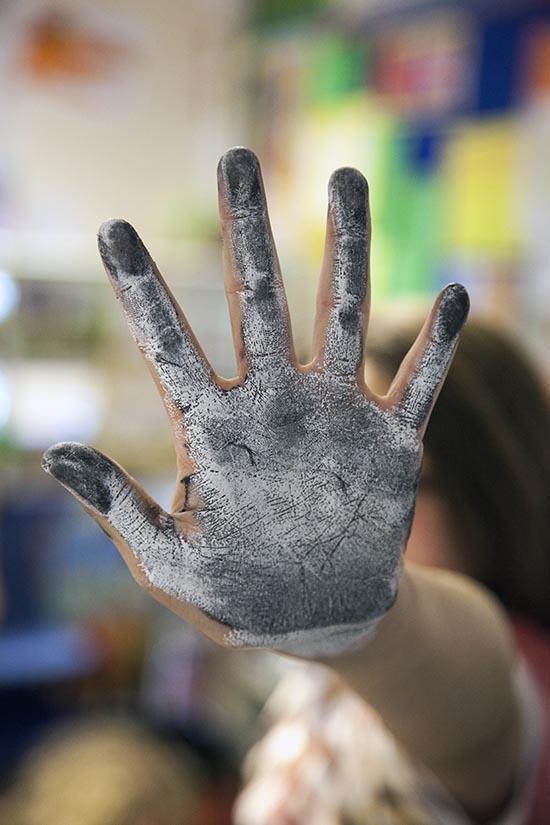 Pupils at Ridgefield explore paint!
