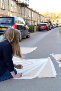Students from AccessArt's Experimental Drawing Class drawing the street
