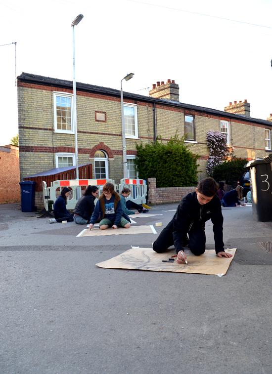 Ingo drawing a street view