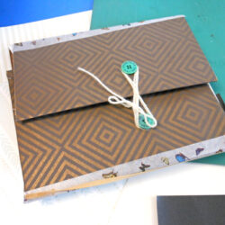 Andrea Butler shares a session at Philip Southcote school, making elastic band sketchbooks