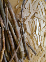 materials wood, sticks and straws