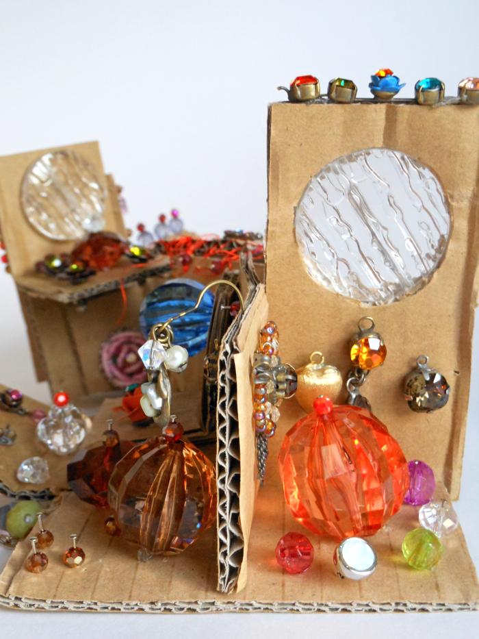 cardboard detail 3b