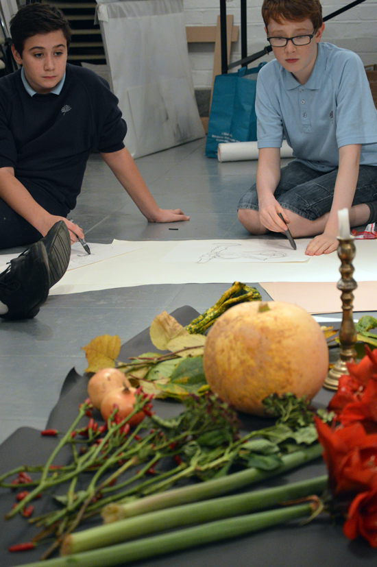 Autumn still life: Teenagers at AccessArt's Experimental Drawing Class engage with still life