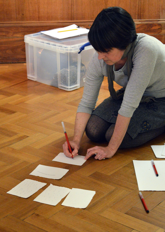 Paula introduces teachers to a drawing exercise