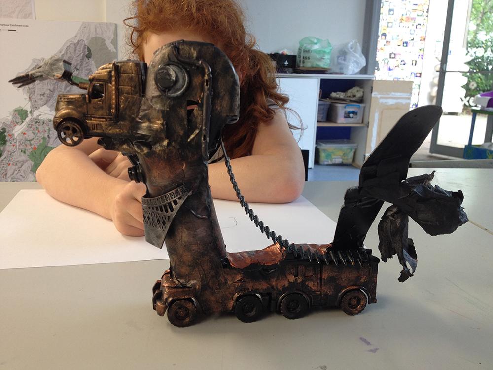 Making Steampunk Robot Sculptures