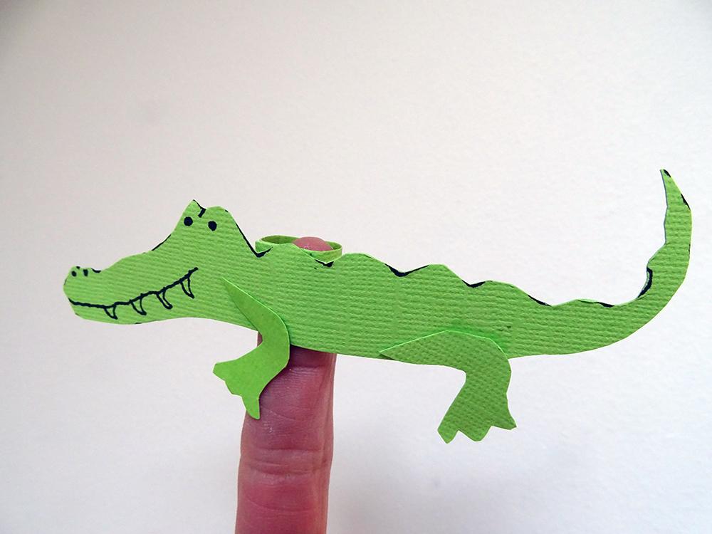 Croc finger puppet