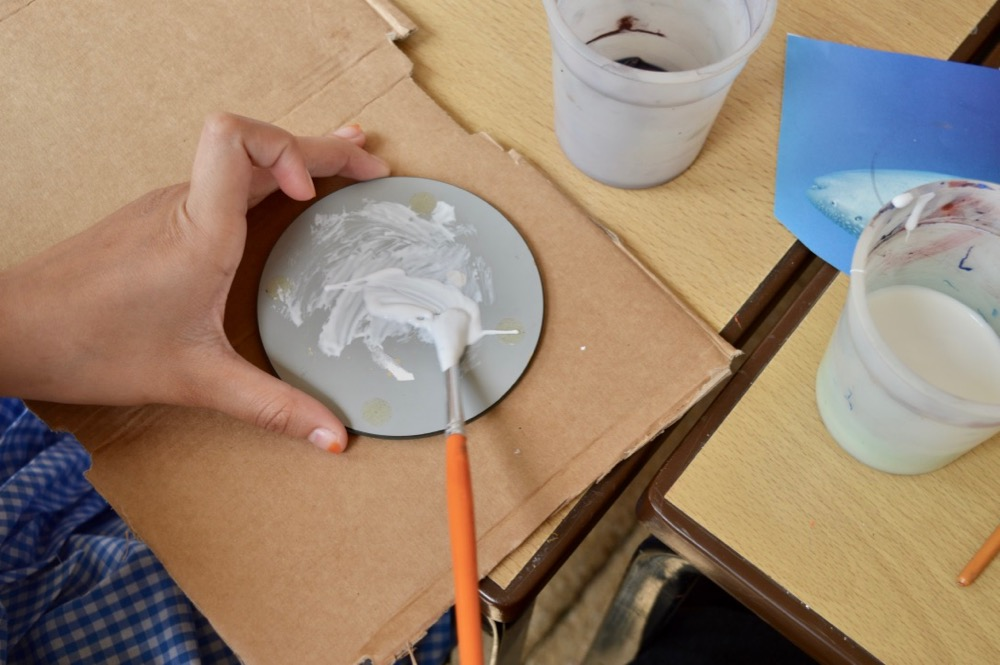 Children applied PVA glue to the back of a small mirror - SC - Ridgefield