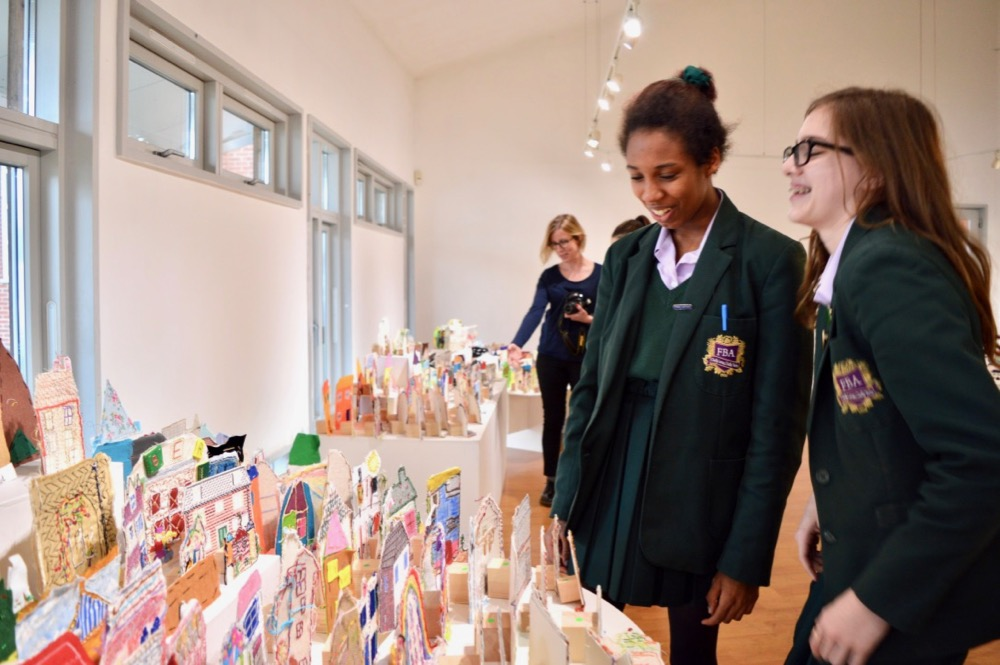 Students from Frances Bardsley AcademyLooking at the AccessArt Village in Brentwood Road Gallery