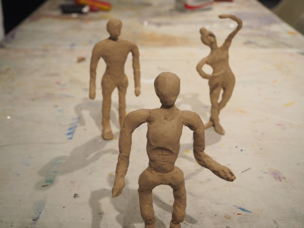 Figures - Astrid, Jasmin and Laurie