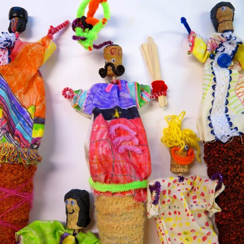 Children are challenged to make puppets both in response to a historical painting and also as a way to encourage others to engage in the painting