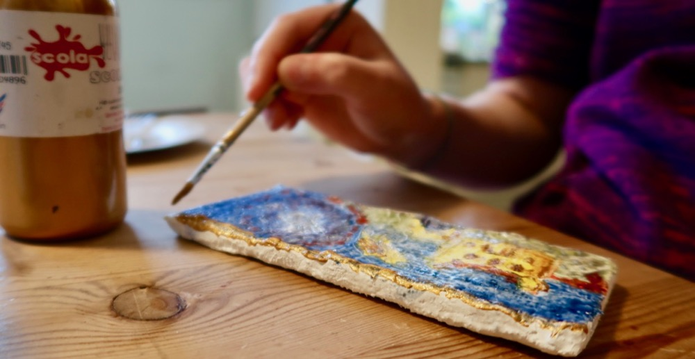 Painting with egg tempera on a 'gesso' panel