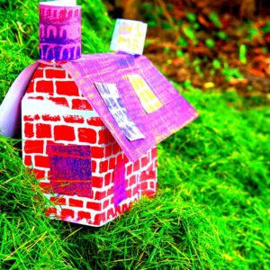 Making houses with printed paper