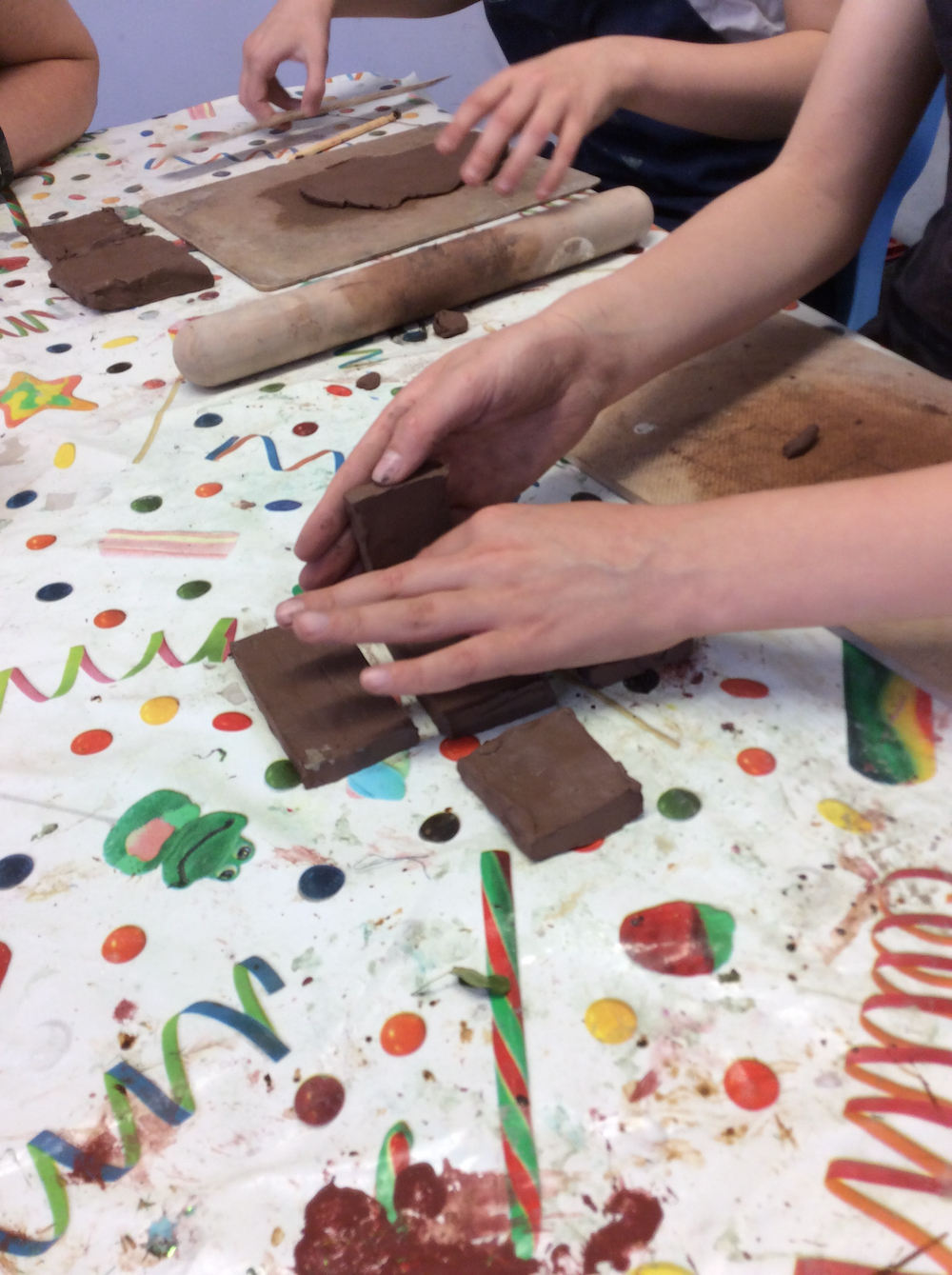 Year six pupils making memory boxes out of clay - Anna Campbell - Linton Heights - Inspire