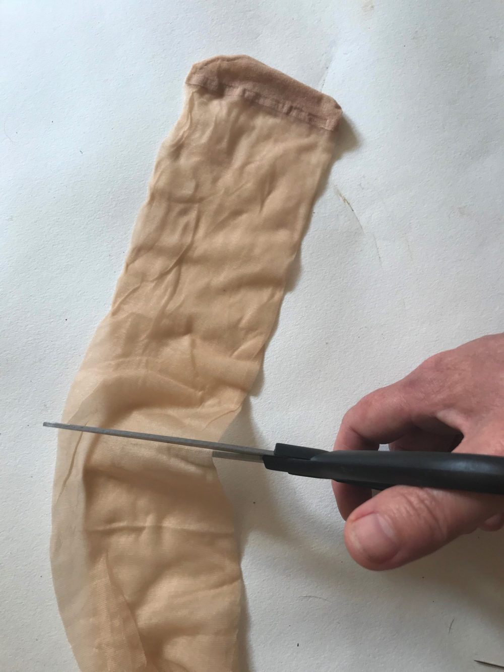 cutting the pop sock end