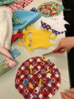 Using fabrics to make model pizzas
