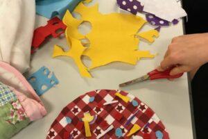 Using fabrics to make model pizzas